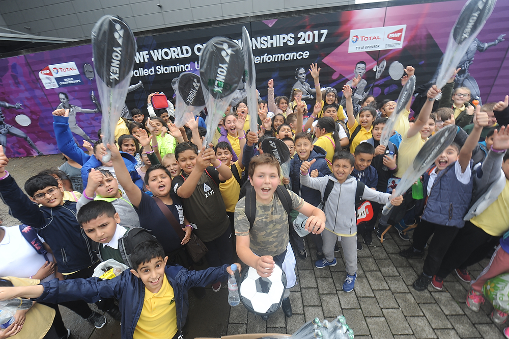 Kids try badminton at the 2017 World Championships in Glasgow