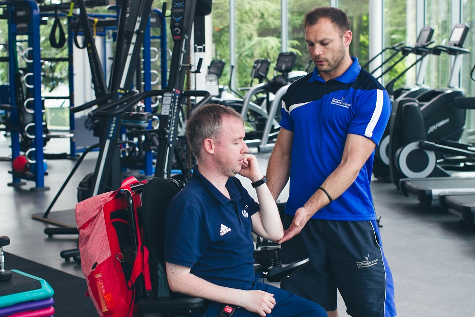 Stephen McGuire working with Alex Boyle of the sportscotland institute of sport at Inverclyde