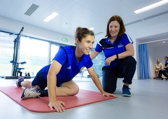 Jane Ross #SWNT and Maggie Hendry sportscotland physiotherapist